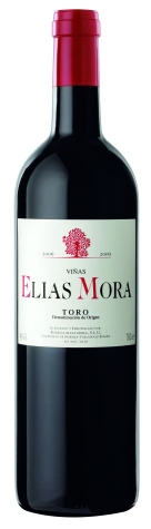 Elias Mora Semicrianza. Available from Wines Direct On Special. WAS €18.95 NOW €15.50. This red wine is rich, ripe, with spicy plummy Spanish fruit leading to a concentrated stony fruit palate. Medium bodied with a dry finish.